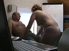 fat milf gets a cum shot