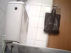 indian hidden cam in collage toilet